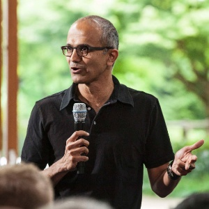Nadella, nativo de Hyderabad, na Índia, trabalha há 22 anos na Microsoft
