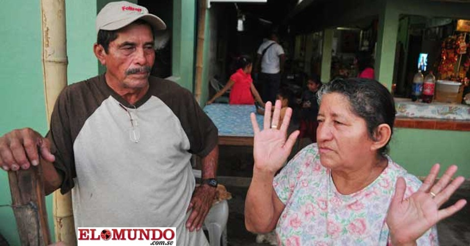 4.fev;2014 - Os pais de José Alvarenga, o náufrago de El Salvador que garante ter passado mais de um ano à deriva e que foi encontrado na semana passada em um remoto atol das Ilhas Marshall, afirmaram que não tinham notícias do filho havia oito anos