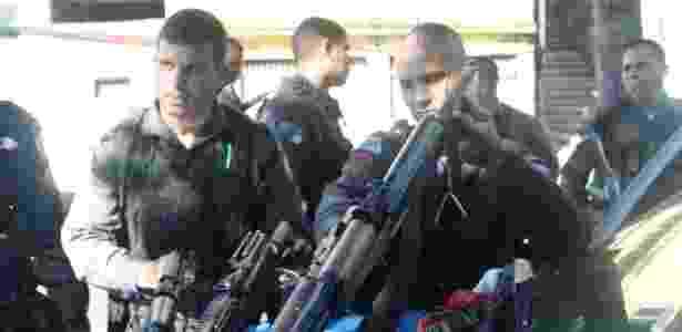 Policiais militares do 41º BPM (Irajá) fizeramm operação no Morro do Juramento, em Vicente de Carvalho, zona norte do Rio - Celso Barbosa/Futura Press/Estadão Conteúdo