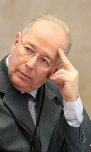 5.fev.2014 - O ministro do STF (Supremo Tribunal Federal) Celso de Mello afirmou nesta quarta-feira (5) que considera