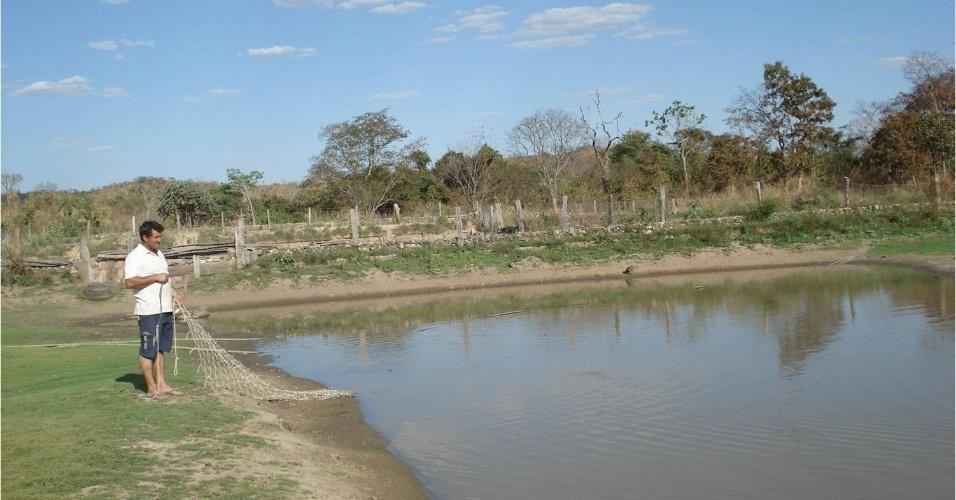 O criador José Roberto Alves, cria 27 mil animais em quatro tanques de Araguapaz (GO). A criação serve de alternativa à caça de animais na natureza, mas, por estar longe dos centros consumidores do Norte do país, Alves não vende mais do que 100 animais por mês