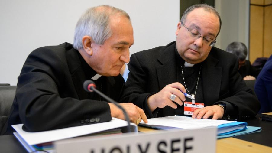 O ex-promotor da Santa Sé para abusos sexuais, Charles Scicluna (à direita) - Fabrice Coffrini/Reuters