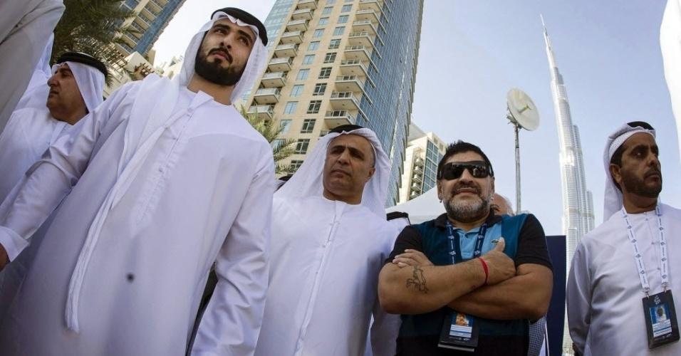 8.fev.2014 - O craque argentino Maradona esteve em Dubai neste sábado (8), acompanhando a quarta etapa do Dubai Tour 2014, uma corrida de bicicletas que está sendo realizada na cidade