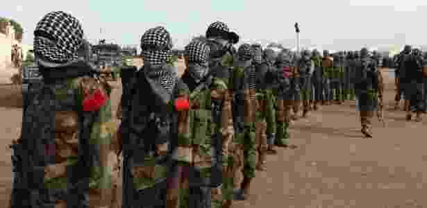 Integrantes de organização al Shabab em Mogadício, em foto de setembro de 2011 - Feisal Omar/Reuters - Feisal Omar/Reuters