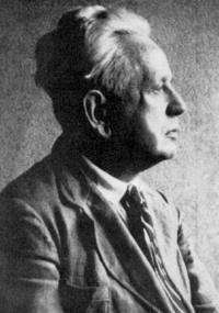 Ernst Cassirer defendeu que todo o conhecimento humano depende de algum tipo de símbolo