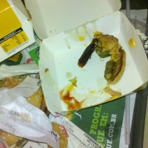 """Homem afirma ter visto algo """"diferente"""" na boca da mulher, que consumia um sanduíche - Arquivo Pessoal/Luiz Henrique Pena"""