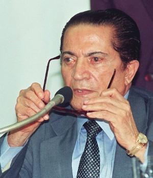 19.fev.2014 - Assim como o deputado Genebaldo Correia, João Alves renunciou em 1994 quando foi acusados pela CPI do Orçamento de desvio de verba