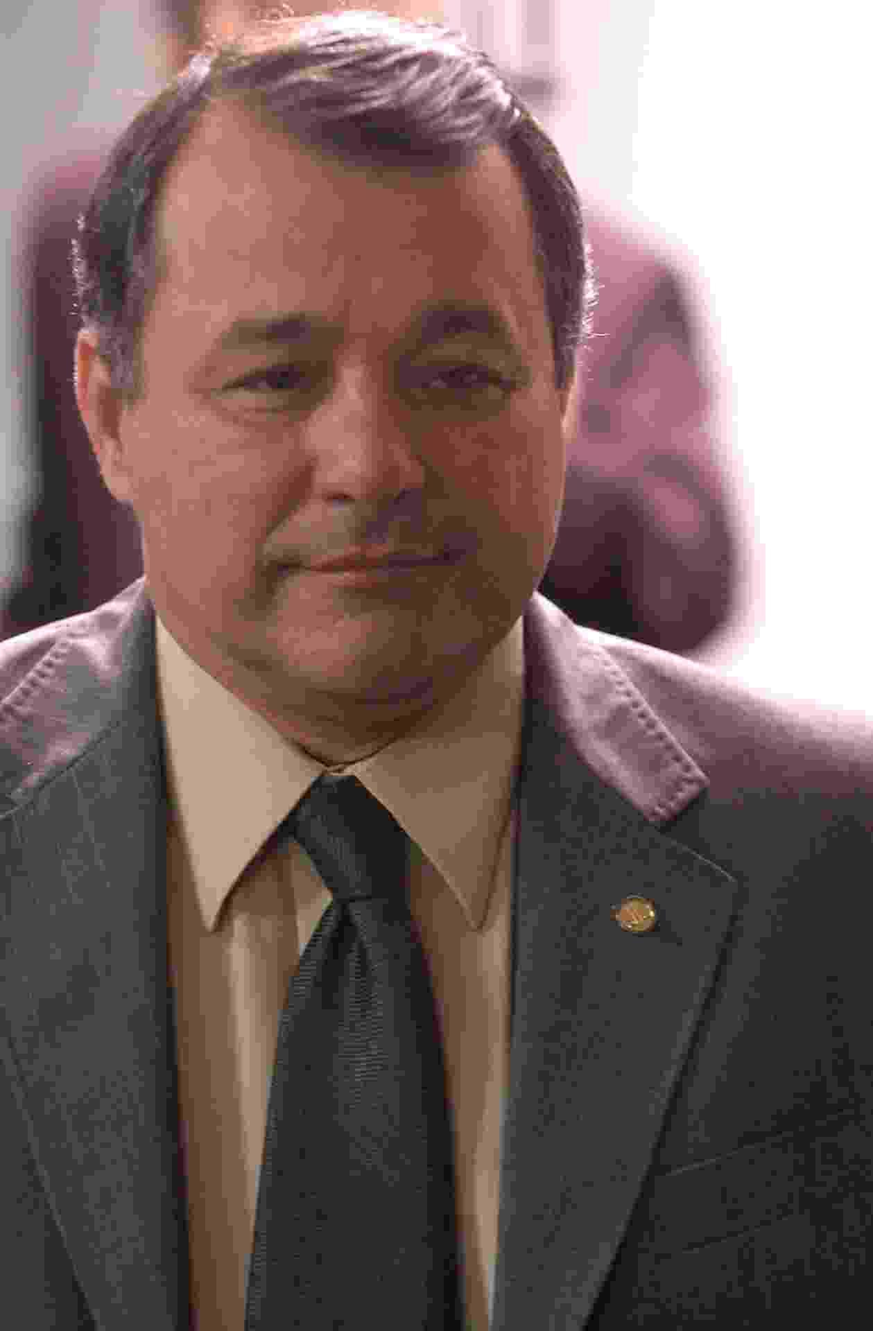 19.fev.2014 - O deputado Marcelino Fraga (PMDB-ES) renunciou uma semana após Coriolano Sales para fugir de processo de cassação no caso da CPI dos Sanguessugas, no dia 22 de agosto de 2006 - Diógenis Santos/Acervo da Câmara dos Deputados/Banco de Conteúdo/Secom
