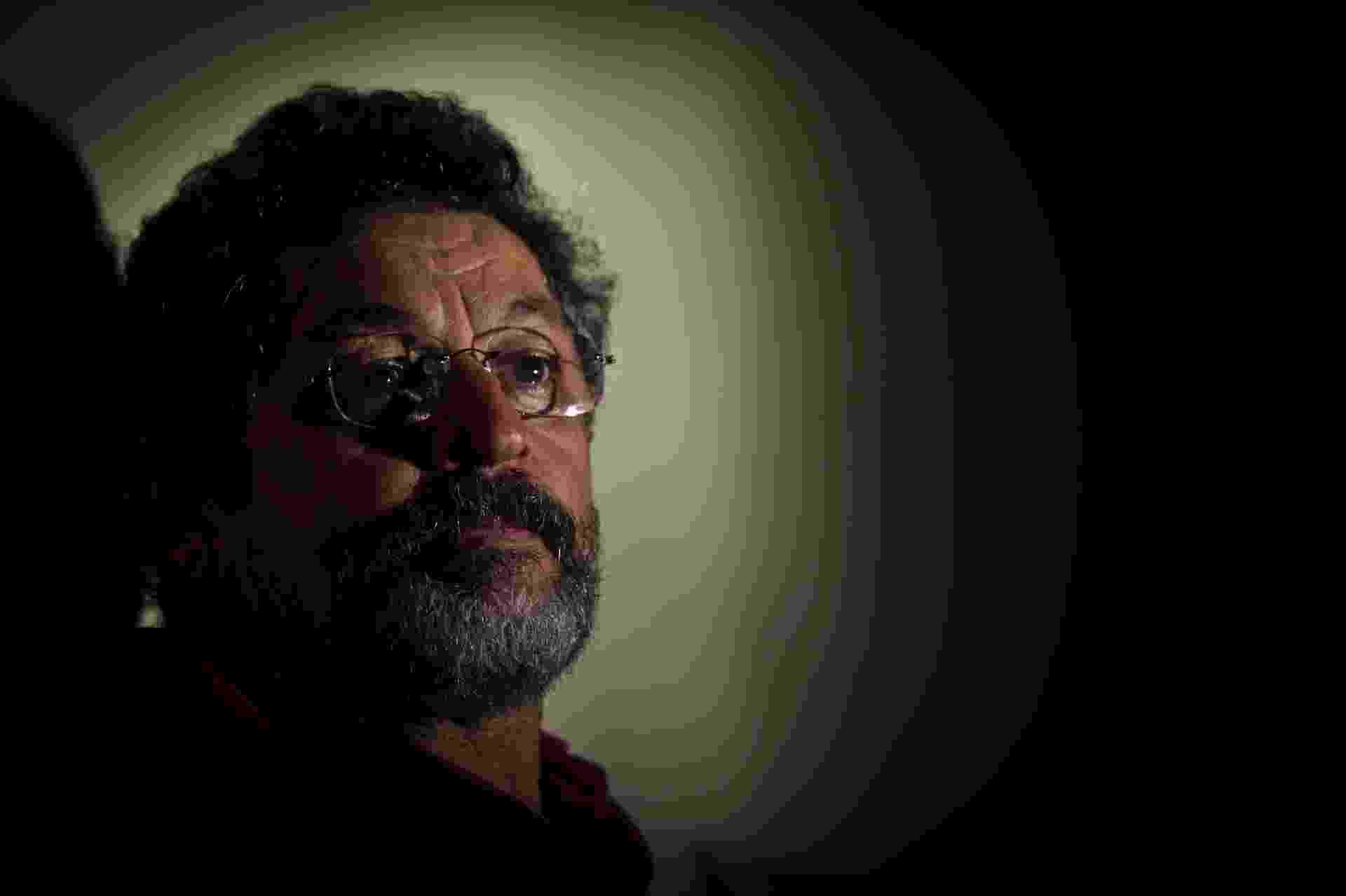 19.fev.2014 - Para escapar da inelegibilidade, em 18 de outubro de 2005, o deputado Paulo Rocha (PT) renunciou minutos antes de o Conselho de Ética instaurar processos contra os acusados no processo do mensalão. Ele foi eleito novamente em 2006 e absolvido do mensalão em 2012 - Tarso Sarraf/Folhapress