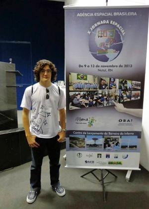Luiz Fernando Leal Gomes, 19, vai estudar engenharia espacial nos EUA - Arquivo pessoal