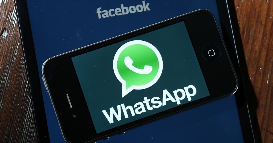 Facebook whatsapp aquisição compra fusão app redes sociais chamada logo logotipo