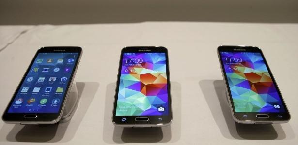 Samsung Galaxy S5 tem sensor biométrico, câmera de 16 megapixels e medidor de batimentos cardíacos