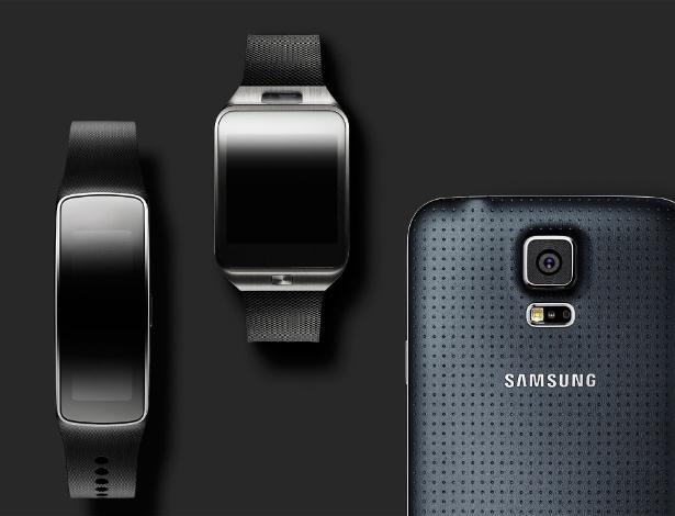 Nova família de aparelhos da Samsung. Da esquerda para a direita: Samsung Gear Fit (que monitora atividades cardíacas), Galaxy Gear 2 (nova versão do relógio da companhia, com sistema Tizen) e o smartphone Galaxy S5