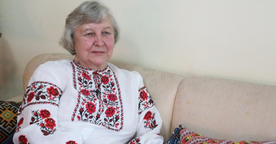27.fev.2014 - A ucraniana Ludmila Szymanskyj, 77, chegou ao Brasil com 12 anos. De longe, ela torce para que os protestos na Ucrânia não façam mais vítimas