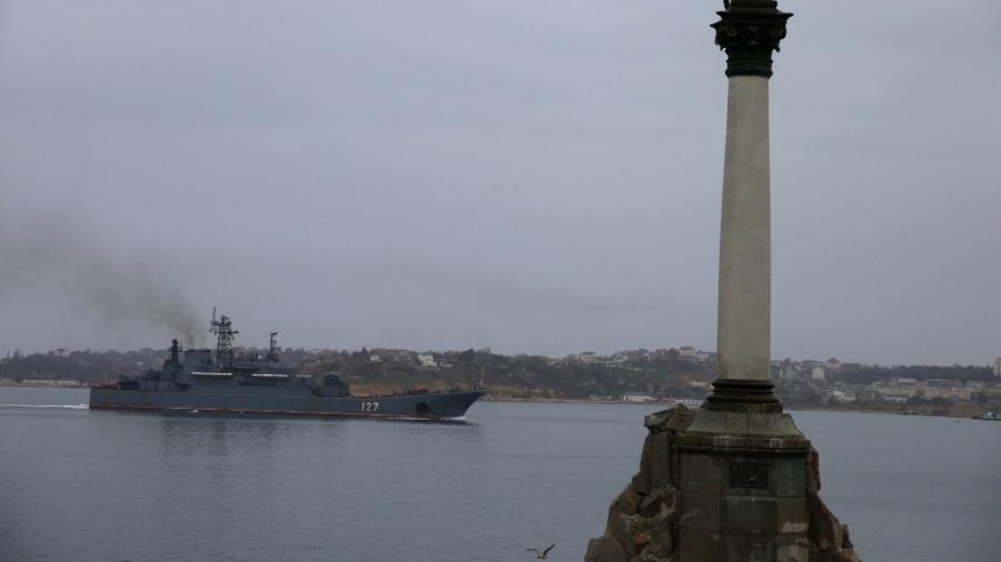 A Rússia diz que um navio de guerra britânico invadiu suas águas territoriais; mas o Reino Unido diz pertencer à Ucrânia - Stanislav Krasilnkov / Itar-Tass / Zumapress/ Xinhua