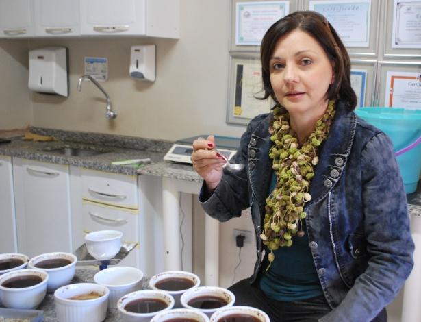 Rosane Freitas Schwan, pesquisadora da área de café da Ufla (MG)