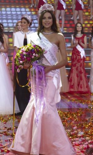 2.mar.2014 - Yulia Alipova foi eleita Miss Rússia 2014 em Moscou. A bela de 23 anos, que é de Balakovo, é a 22ª miss de seu país a ser coroada