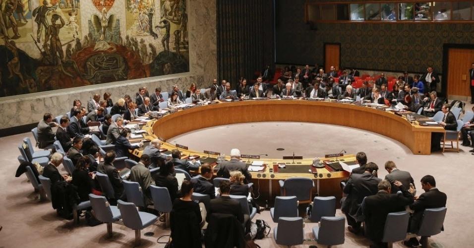 19.mar.2014 - Os membros do Conselho de Segurança das Nações Unidas se sentaram durante uma reunião sobre a crise na Ucrânia, na sede da ONU em Nova York, nos Estados Unidos, nesta quarta-feira (19)