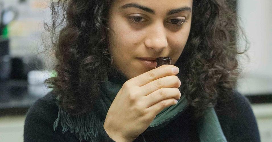 21.mar.2014- NARIZ PODEROSO - Estudo da Universidade de Rockefeller testou a habilidade de voluntários em distinguir odores e concluiu que o nariz humano consegue identificar mais de 1 trilhão de cheiros