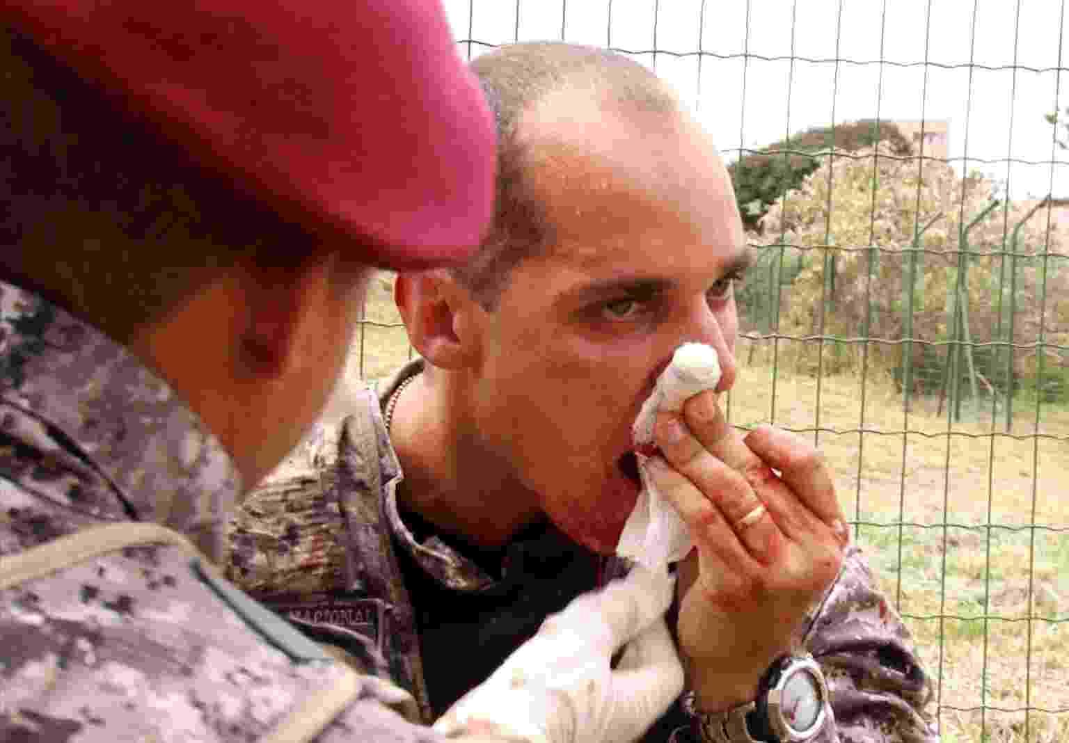 Integrante da Força Nacional se fere - Kleyton Amorim/UOL
