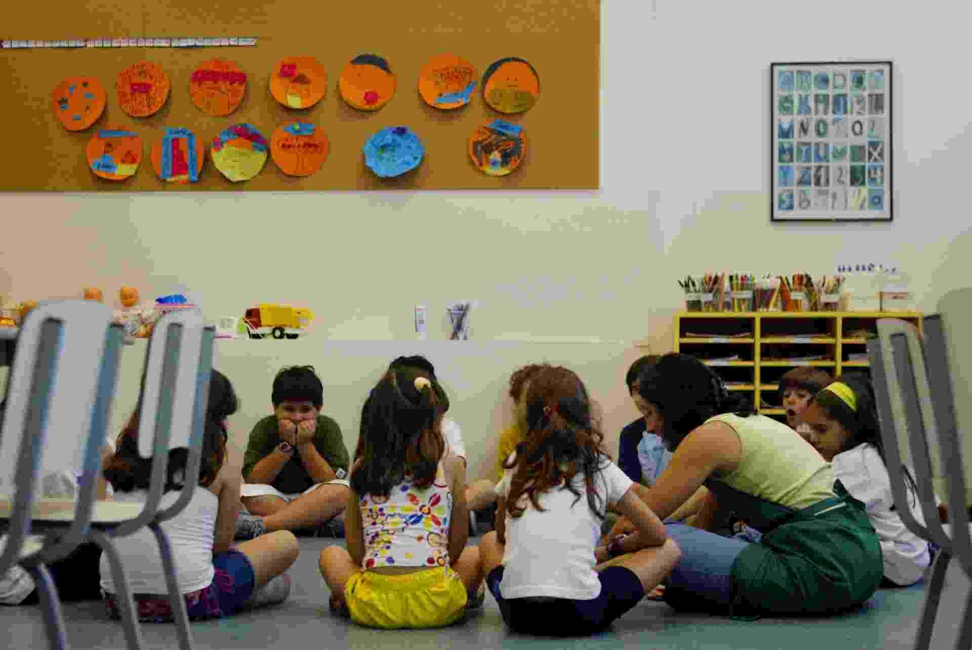 Escola educação infantil crianças alfabetização - Eduardo Knapp/Folhapress