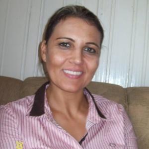A assistente social Edelvania Wirganovicz, 40, disse que foi coagida a assinar depoimento sem ler - Reprodução/Facebook