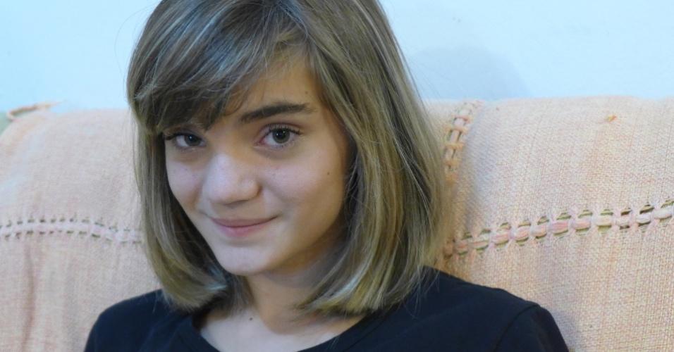 Após sua bem sucedida jornada em prol da escola no Facebook, Isadora Faber conta sua história em um livro
