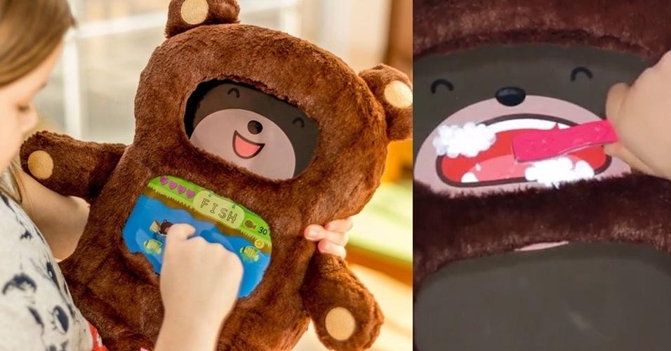 22.abr.2014 - O brinquedo fofo acima nada mais é do que um iPad disfarçado de ursinho. A ideia de transformar o tablet em DiDi é da Roam And Wander. Após instalar o aplicativo, a pelúcia divide a tela do iPad em cabeça (que dá vida e personalidade a DiDi) e barriga (ali estão jogos e livros educativos). À direita, você vê a cara que o urso faz ao escovar os dentes (a escova é um dos quatro acessórios especiais que interagem com ele). O projeto está em financiamento no Kickstarter; quem doar US$ 25 (R$ 56) ganha um exemplar de DiDi