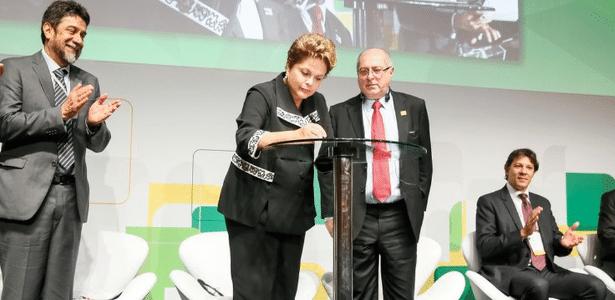 Dilma Rousseff sanciona Marco Civil da Internet durante o evento Netmundial - Roberto Stuckert Filho/PR