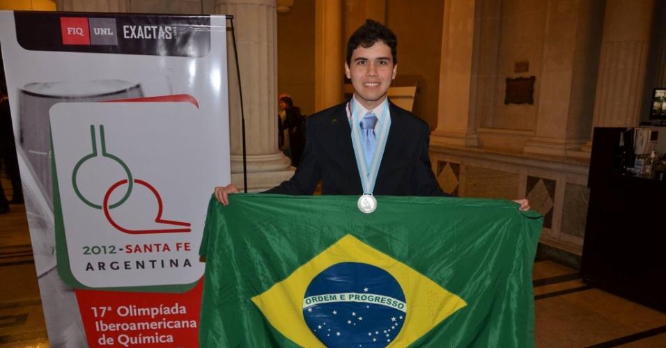 "Ramon Gonçalves, medalhista nas olimpíadas internacional e iberoamericana de Química e fundador do ""Talentos sem Fronteiras"""