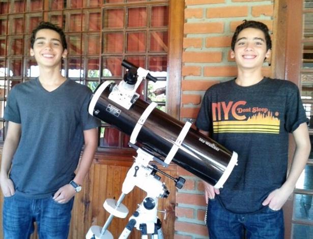 Gêmeos gênios: estudantes de Mogi das Cruzes (SP) vão representar o Brasil em olimpíadas internacionais de astronomia