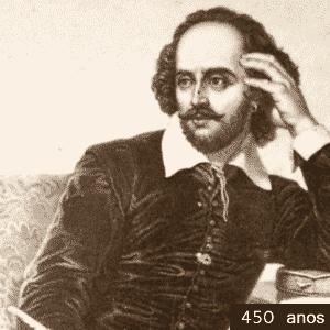"""1564 - 450 anos de William Shakespeare. O bardo é um dos dramaturgos mais encenados no planeta. O autor inglês escreveu cerca de 40 peças, entre tragédias (""""Otelo"""", """"Romeu e Julieta"""", """"Rei Lear""""); dramas históricos (""""Henrique 5º"""", """"Ricardo 3º""""); e comédias (""""Muito Barulho por Nada"""", """"Sonhos de uma Noite de Verão""""). O dramaturgo mostrou a natureza humana em toda a sua complexidade: a paixão de Romeu e Julieta, a sua obra mais conhecida, o ciúme cego de Otelo, a ambição de Macbeth, entre outros - Arte UOL/Wikimedia commons"""