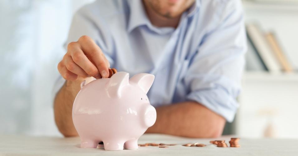 economia, economizar, poupar, poupança, cofre, cofrinho, moedas, porquinho