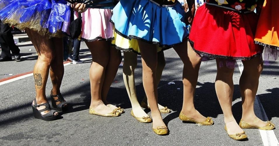 4.mai.2014 - Participantes se fantasiam e ocupam as ruas da capital paulista na 18ª Parada do Orgulho de Lésbicas, Gays, Bissexuais, Travestis e Transexuais de São Paulo neste domingo (4)