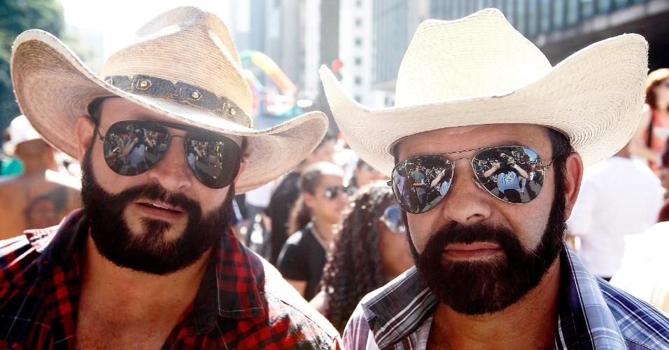 O casal Alonso e Paulo afirma que nunca sofreram homofobia porque adotaram um estilo