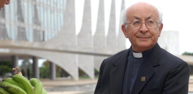 Em janeiro deste ano, dom Tomás Balduíno esteve em Brasília ao lado de representantes dos movimentos sem-terra - Fábio Rodrigues Pozzebom/Agência Brasil
