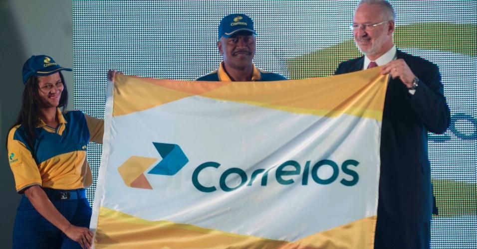 6.mai.2014 - Os Correios apresentaram nesta terça-feira (6), uma nova identidade visual. O anúncio foi realizado pelo ministro das Comunicações, Paulo Bernardo, em Brasília