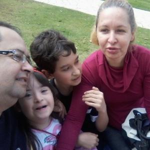 Família conseguiu na Justiça o direito a um professor exclusivo para a filha