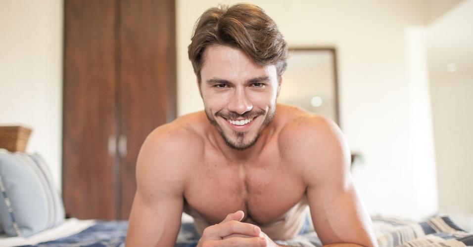 curiosamente-o-mister-brasil-2014-e-o-terceiro-lucas-a-ganhar-o-titulo-de-homem-mais-bonito-do-brasil-em-2007-foi-lucas-gil-e-em-2011-lucas-malvacini-1400011643240_956x500.jpg