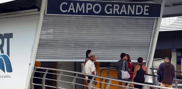 14.mai.2014 - Estação do BRT em Campo Grande, na zona oeste do Rio