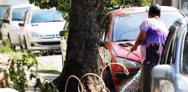 Com agosto mais quente em 10 anos, consumo de água cresce em SP - Reinaldo Canato/UOL