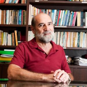Vitor Paro é professor titular da Faculdade de Educação da USP  - Divulgação