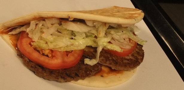 Chamado de McTurco, o hambúrguer vendido nas unidades do McDonald's da Turquia tem o pão pita como diferencial