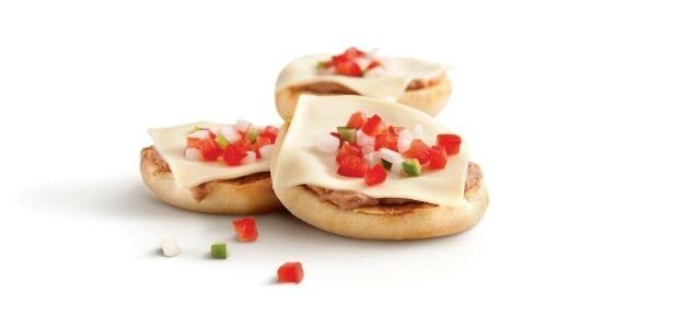 Servido no McDonald's do México e em outros países latino americanos, o McMolette é uma espécie de sanduíche recheado com pasta de feijão frito, queijo e vinagrete