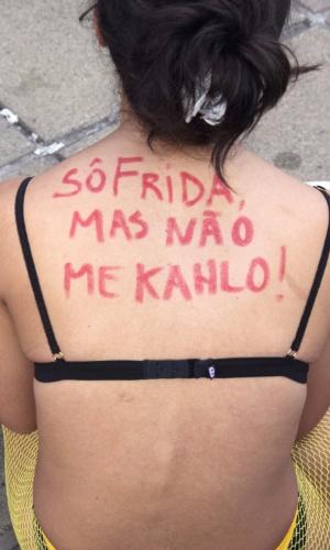24.mai.2014 - Belo Horizonte teve uma edição da Marcha das Vadias na praça da rodoviária, na tarde deste sábado (24). A passeata reuniu centenas e estava programado para terminar na praça da Liberdade
