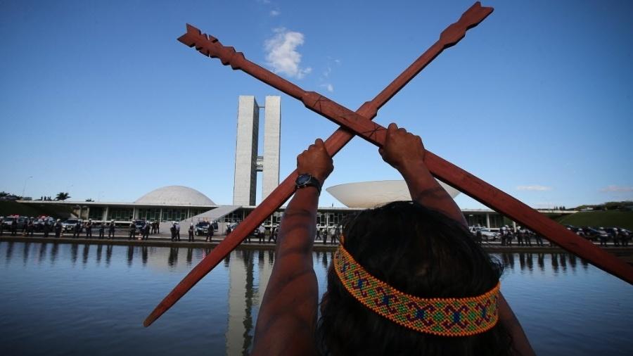 Com indígenas totalizando menos de 0,5% da população brasileira, grupos de agricultura e mineração miram reservas - Sergio Lima/Folhapress