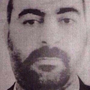 Abu Bakr al-Baghdadi, líder do EIIL, comanda entre 7.000 e 8.000 combatentes jihadistas no Iraque