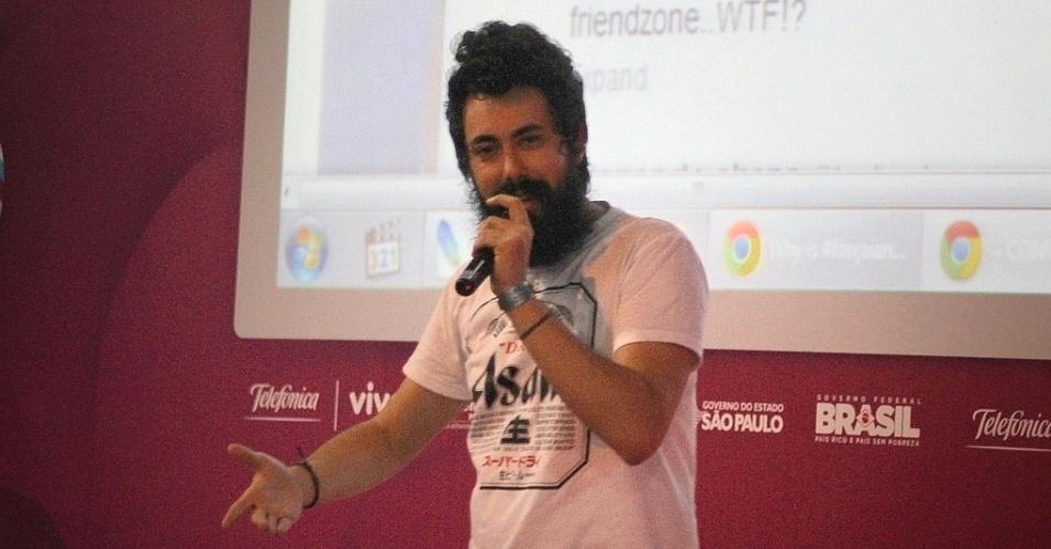 """Cid do site """"Não Salvo"""" durante evento na Campus Party"""