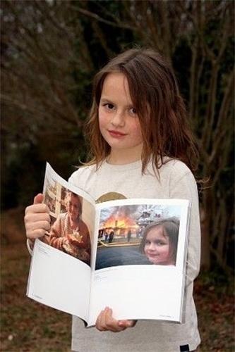 Zoe Roth originou o meme Disaster Girl