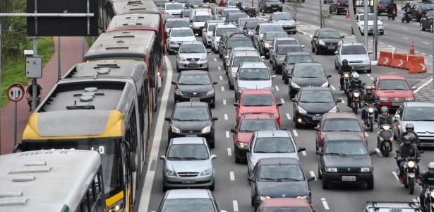 Trânsito na Radial Leste, em São Paulo: rodízio pune a todos e não ajuda em nada  - Fábio Vieira/FotoArena/Estadão Conteúdo